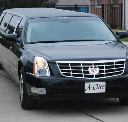 Black-Cadillac-Limo-E02